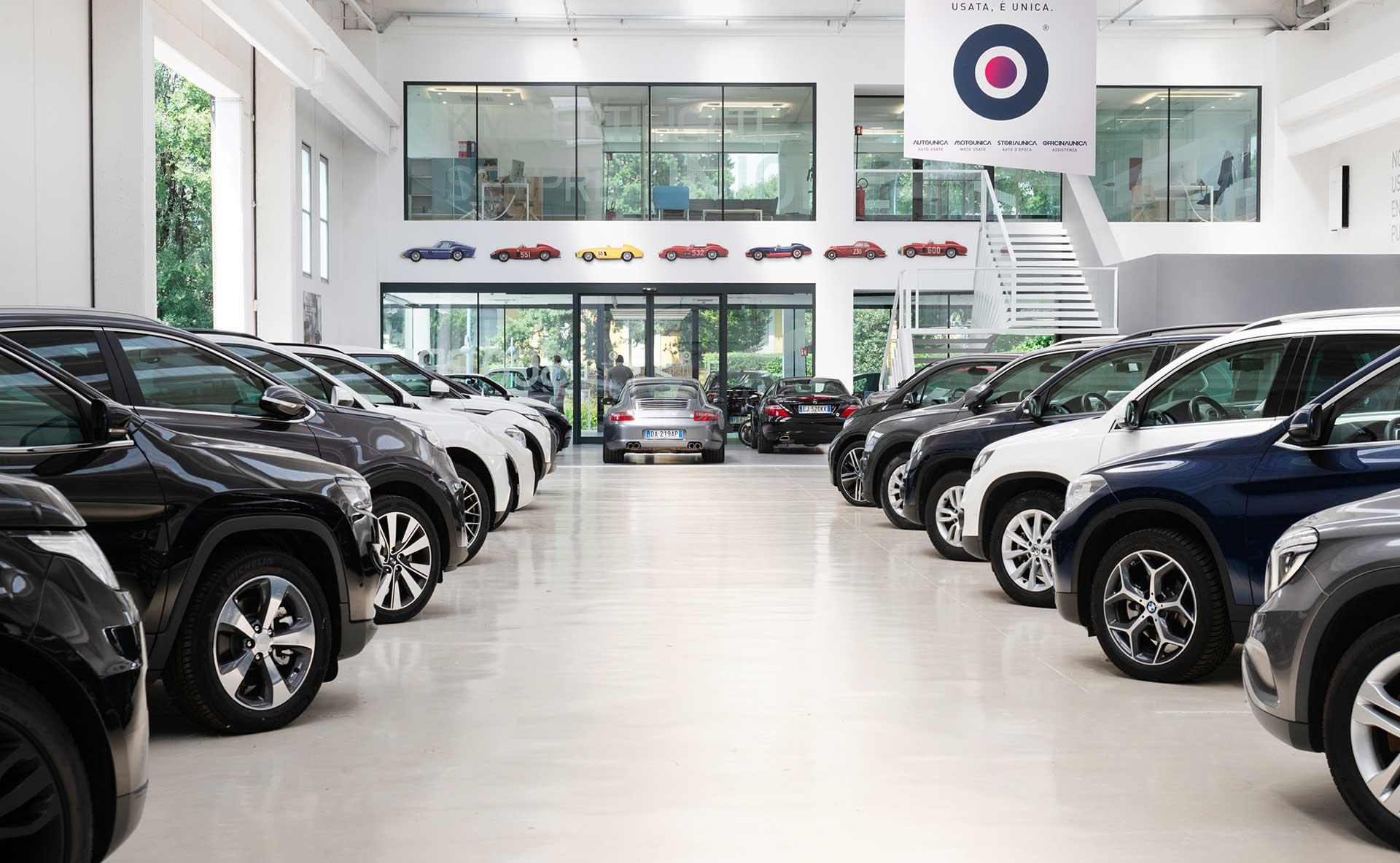 Nuovo DPCM: concessionari e rivenditori di auto aperti in tutta Italia