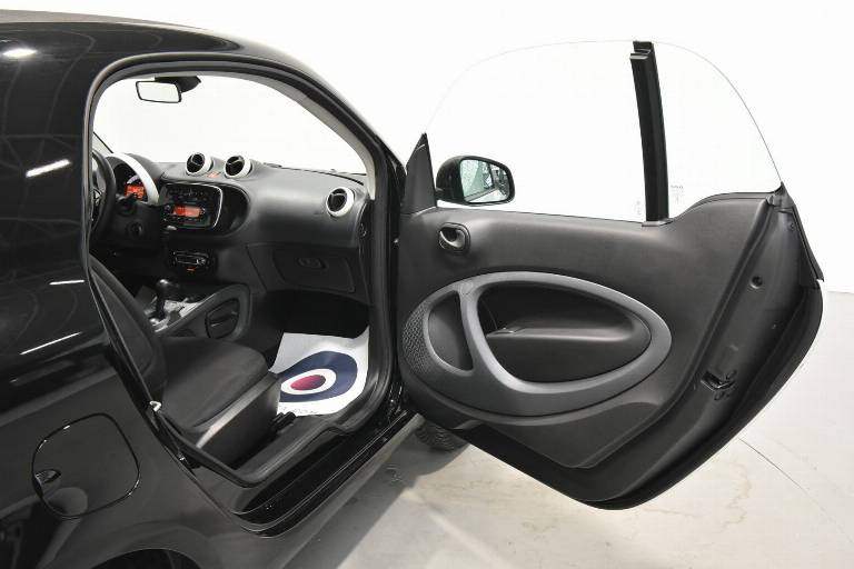 SMART ForTwo 28
