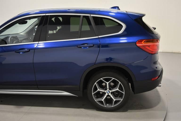 BMW X1 63