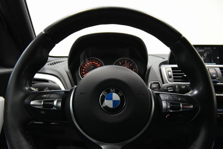 BMW 118 37