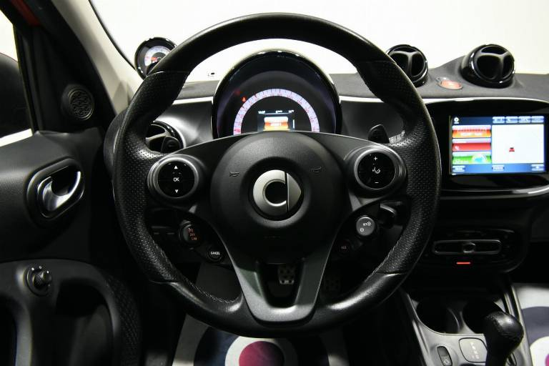 SMART ForFour 19