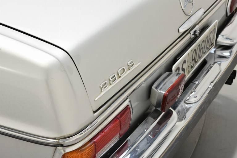 MERCEDES-BENZ S 280 55