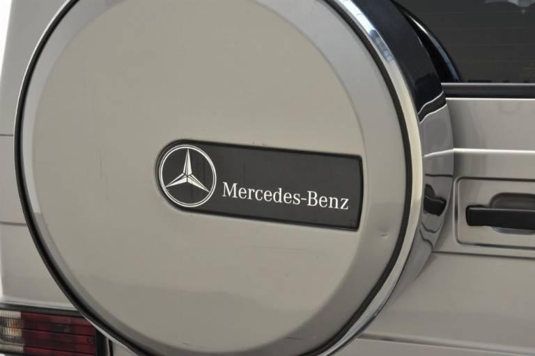 MERCEDES-BENZ G 400 68