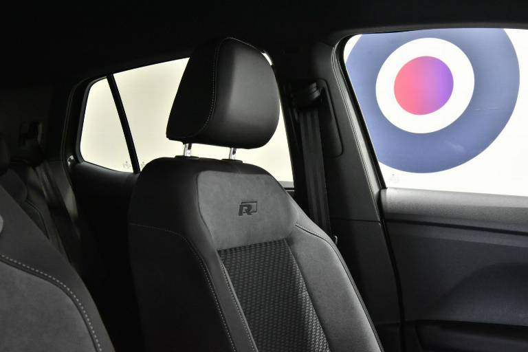 VOLKSWAGEN T-Cross 47