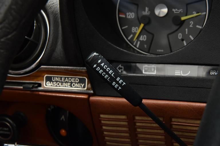 MERCEDES-BENZ SL 450 27