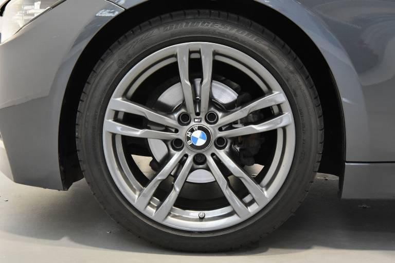 BMW 318 33