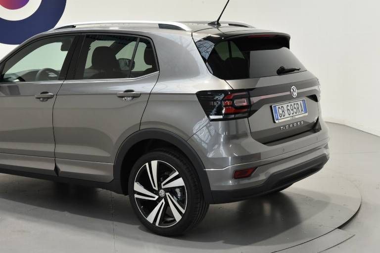 VOLKSWAGEN T-Cross 39