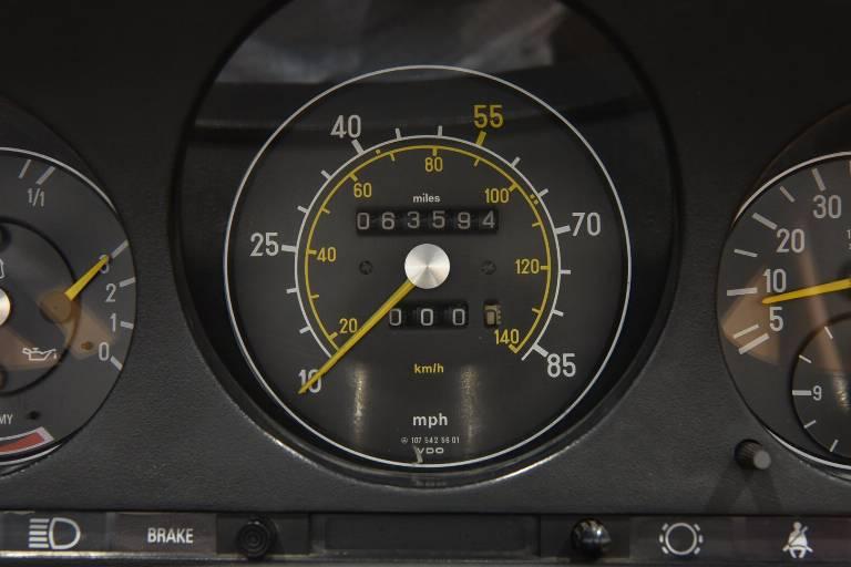 MERCEDES-BENZ SL 380 46