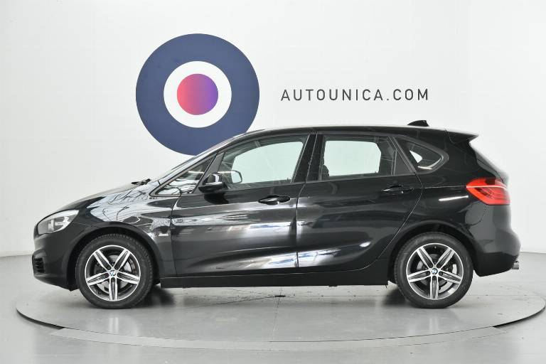 BMW 218 30