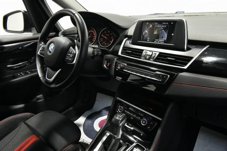 BMW 218 25