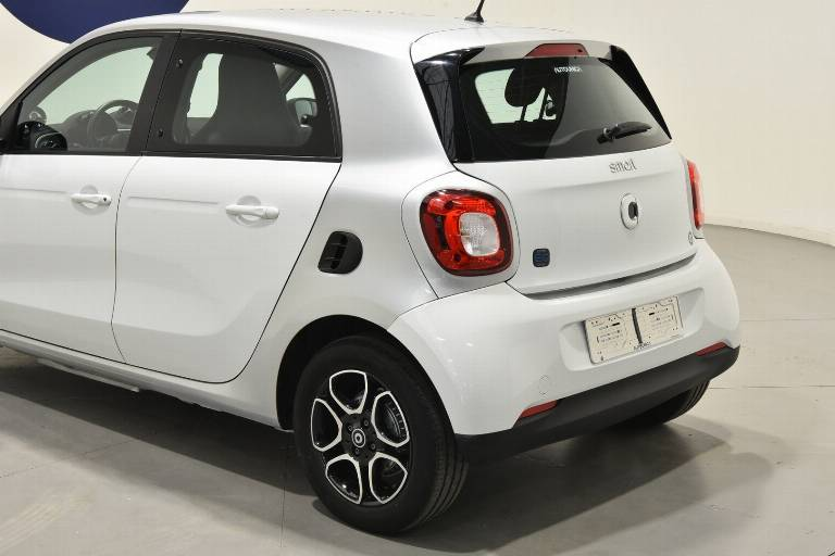 SMART ForFour 34