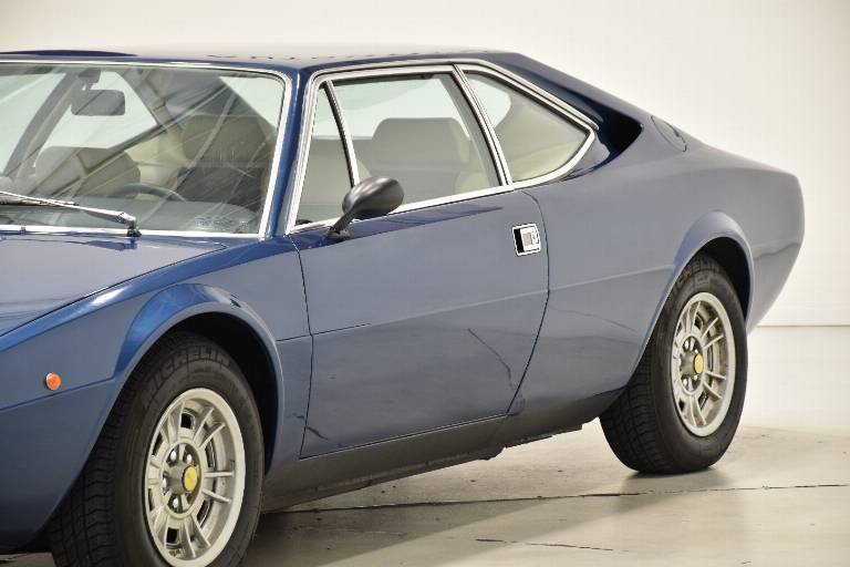 FERRARI Dino GT4 61