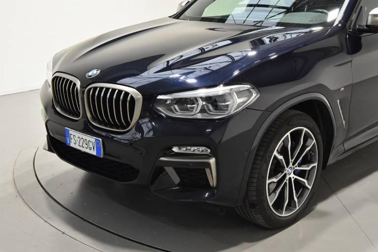 BMW X4 52