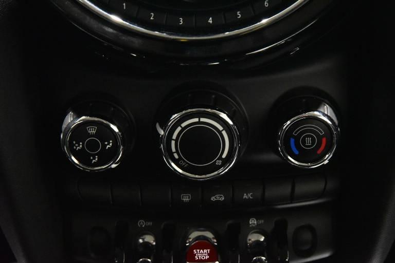 MINI Cooper 11