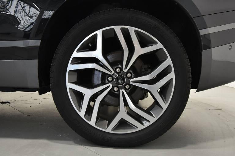 LAND ROVER Range Rover Velar 33