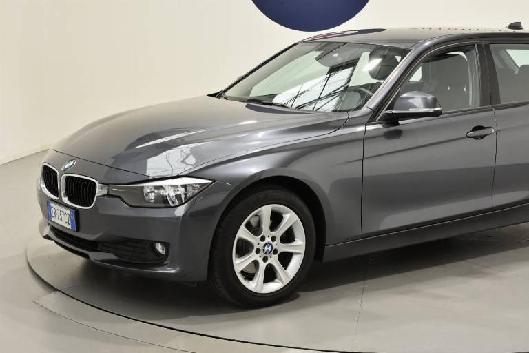 BMW 320 34