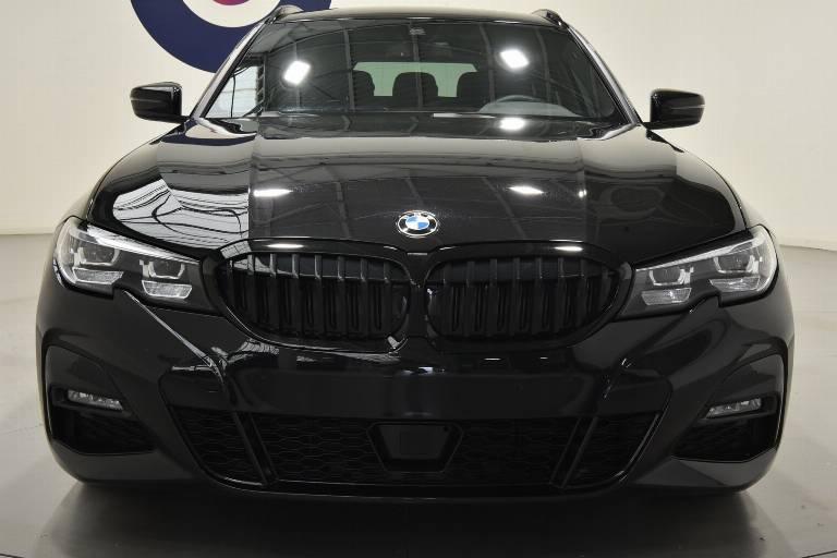 BMW 320 69