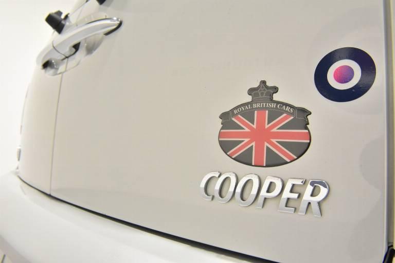 MINI Cooper Clubman 52