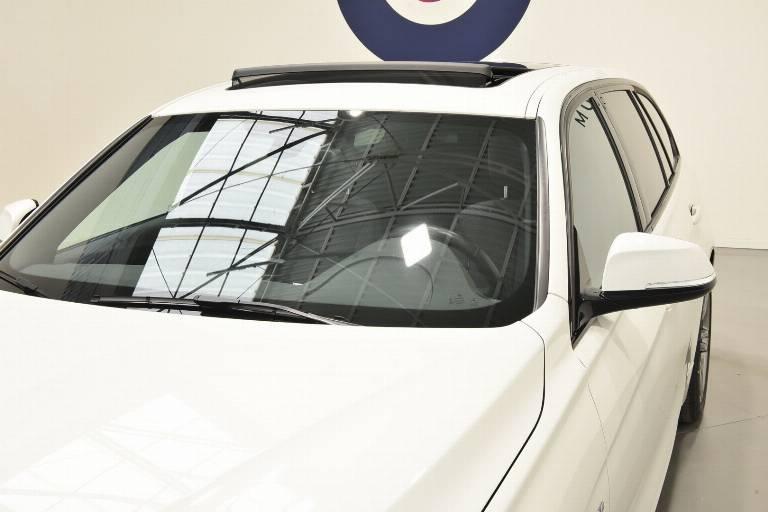 BMW 320 70