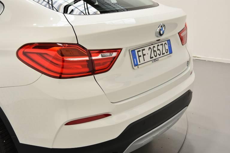 BMW X4 59