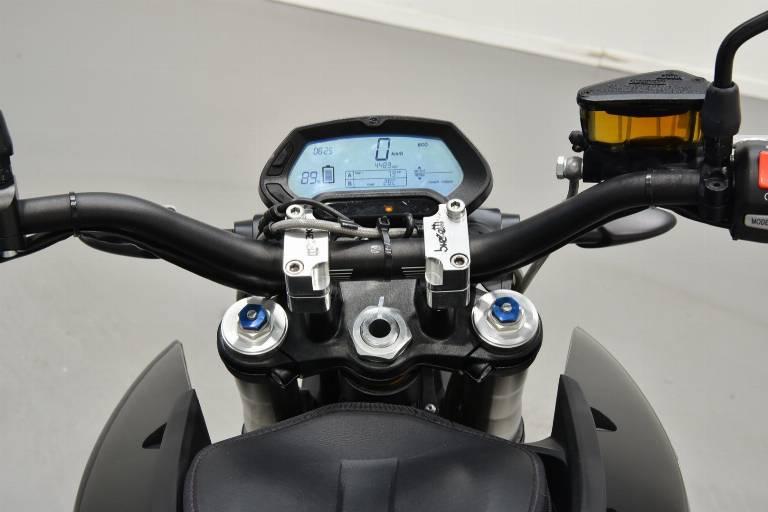 ZERO MOTORCYCLES ZERO DSR 10
