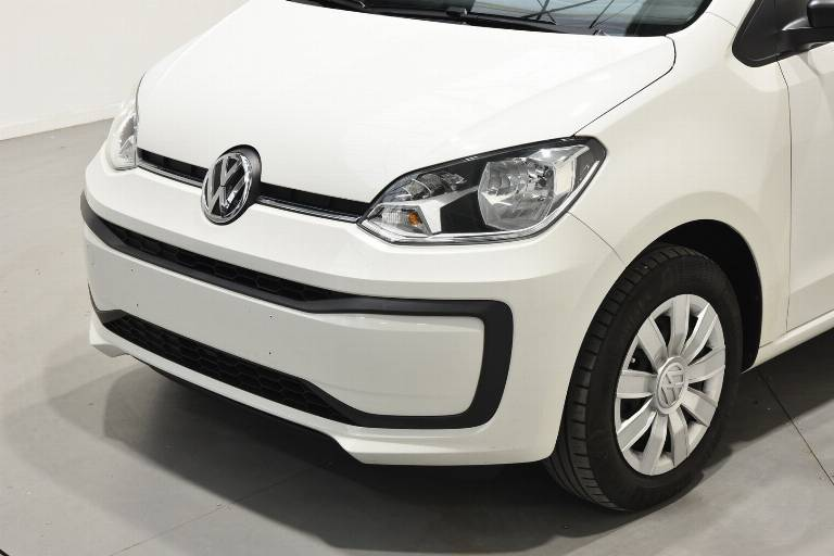VOLKSWAGEN Up! 45