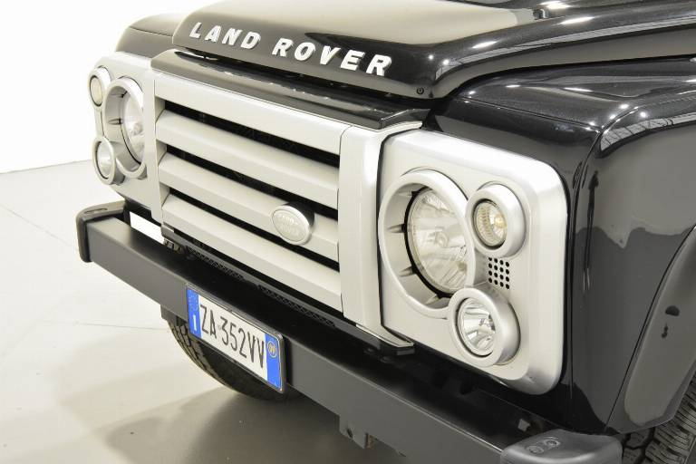 LAND ROVER Defender 67