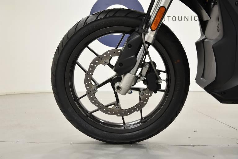 ZERO MOTORCYCLES ZERO DSR 9