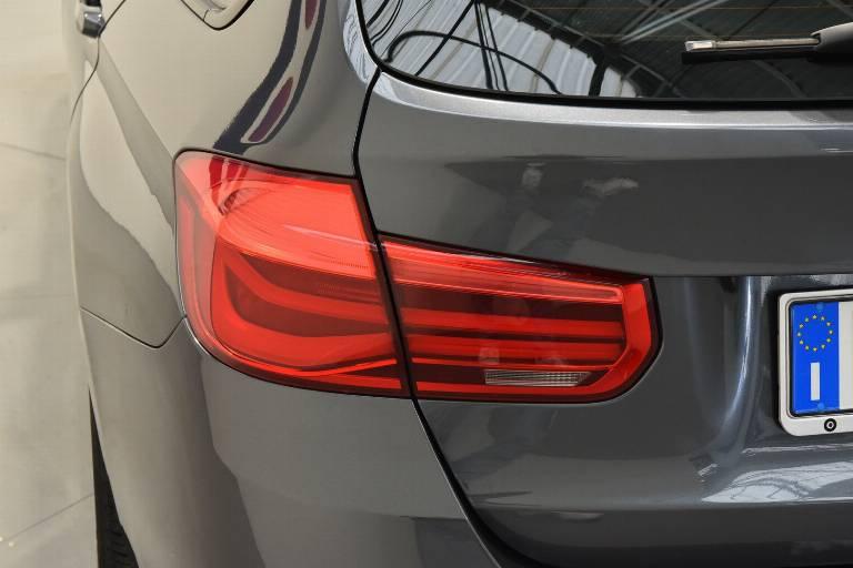 BMW 318 37