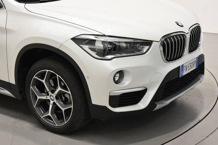 BMW X1 52