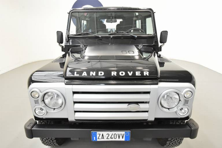LAND ROVER Defender 68