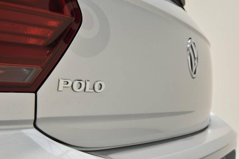 VOLKSWAGEN Polo 60