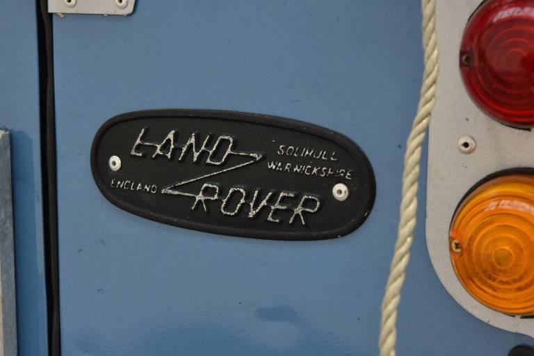 LAND ROVER Defender 53