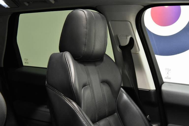 LAND ROVER Range Rover Sport 49