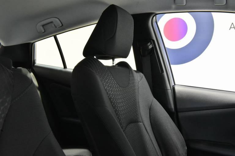 TOYOTA Prius 43
