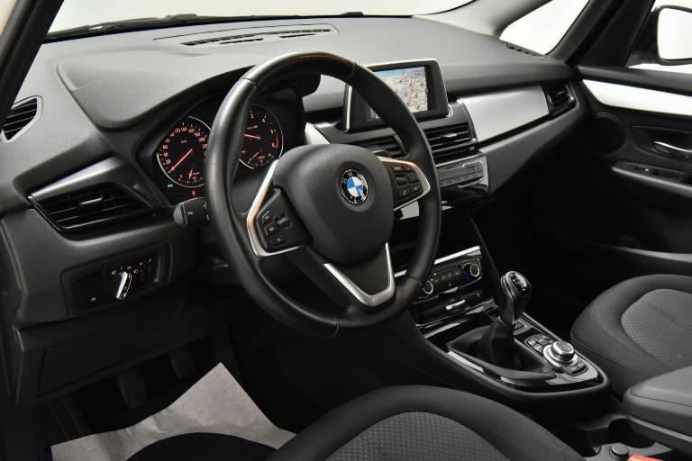 BMW 214 3