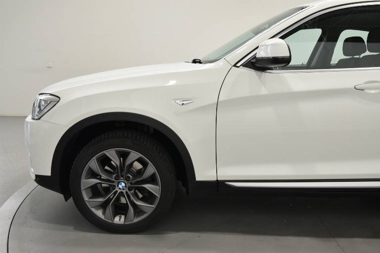 BMW X4 57