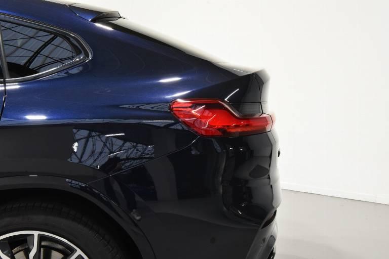 BMW X4 40