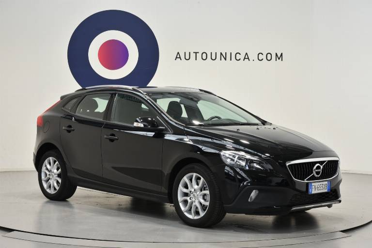 VOLVO V40 Cross Country 29