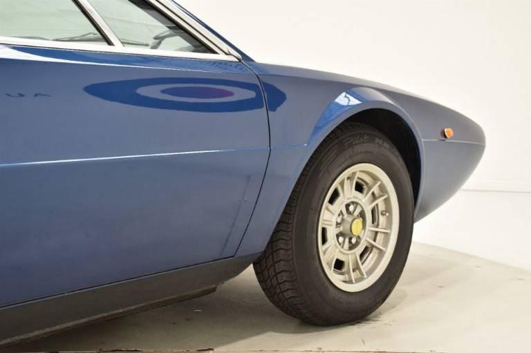 FERRARI Dino GT4 77