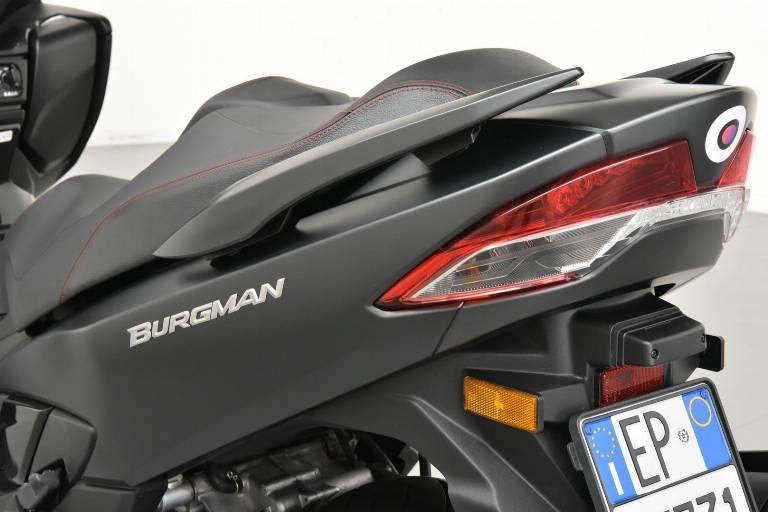 SUZUKI Burgman AN 400 49