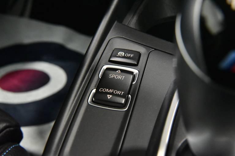 BMW M2 58