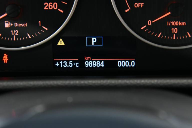 BMW 218 24