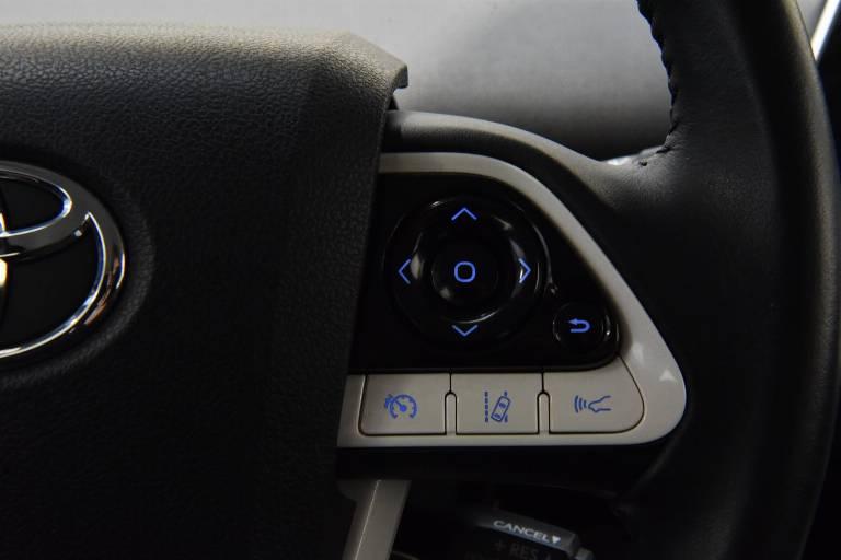 TOYOTA Prius 41