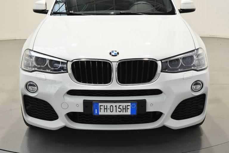 BMW X4 50