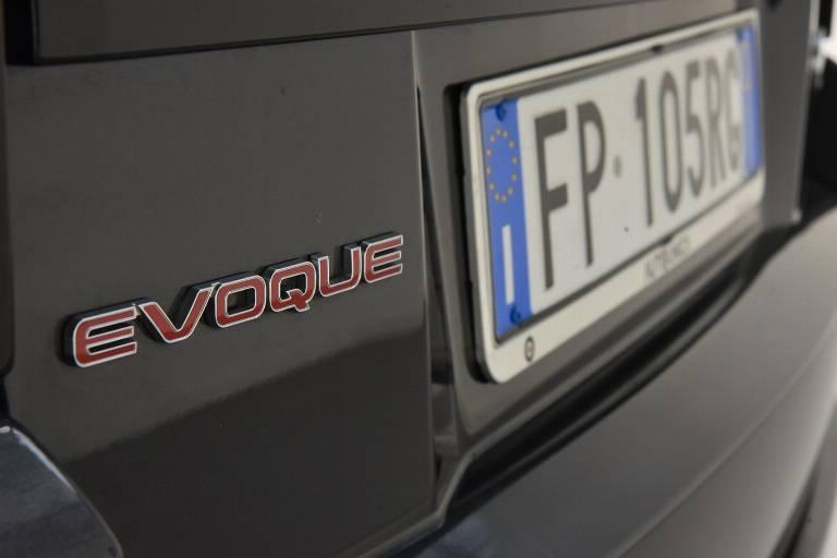 LAND ROVER Range Rover Evoque 50