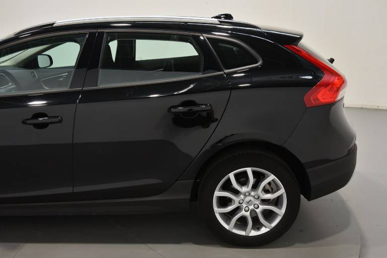 VOLVO V40 Cross Country 58