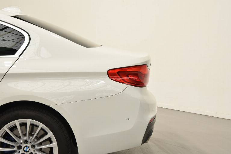 BMW 530 38
