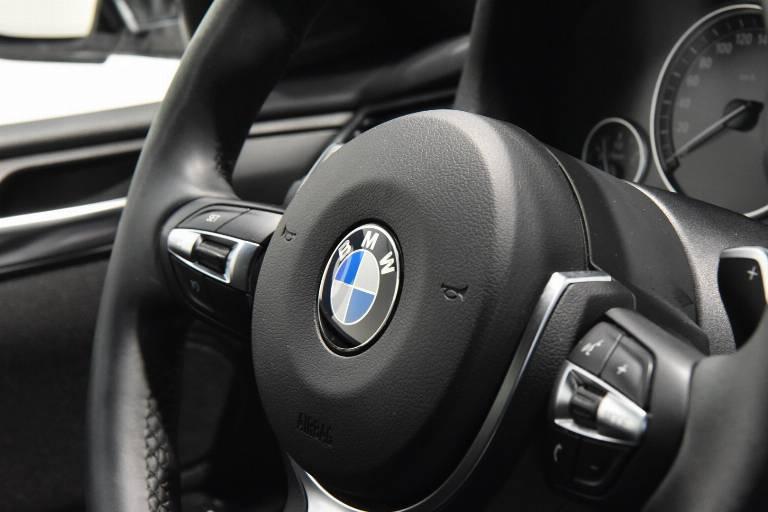 BMW X4 43