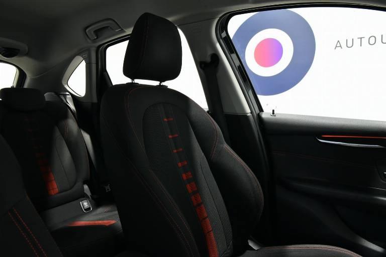 BMW 218 50